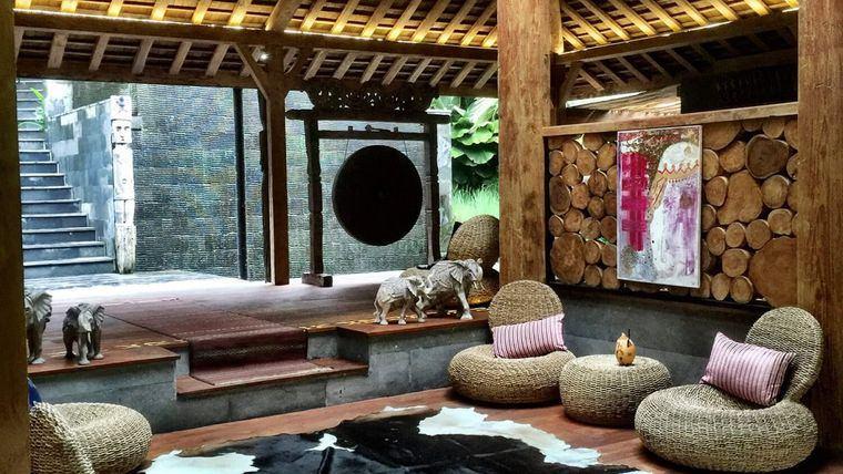decoración balinesa elementos naturales