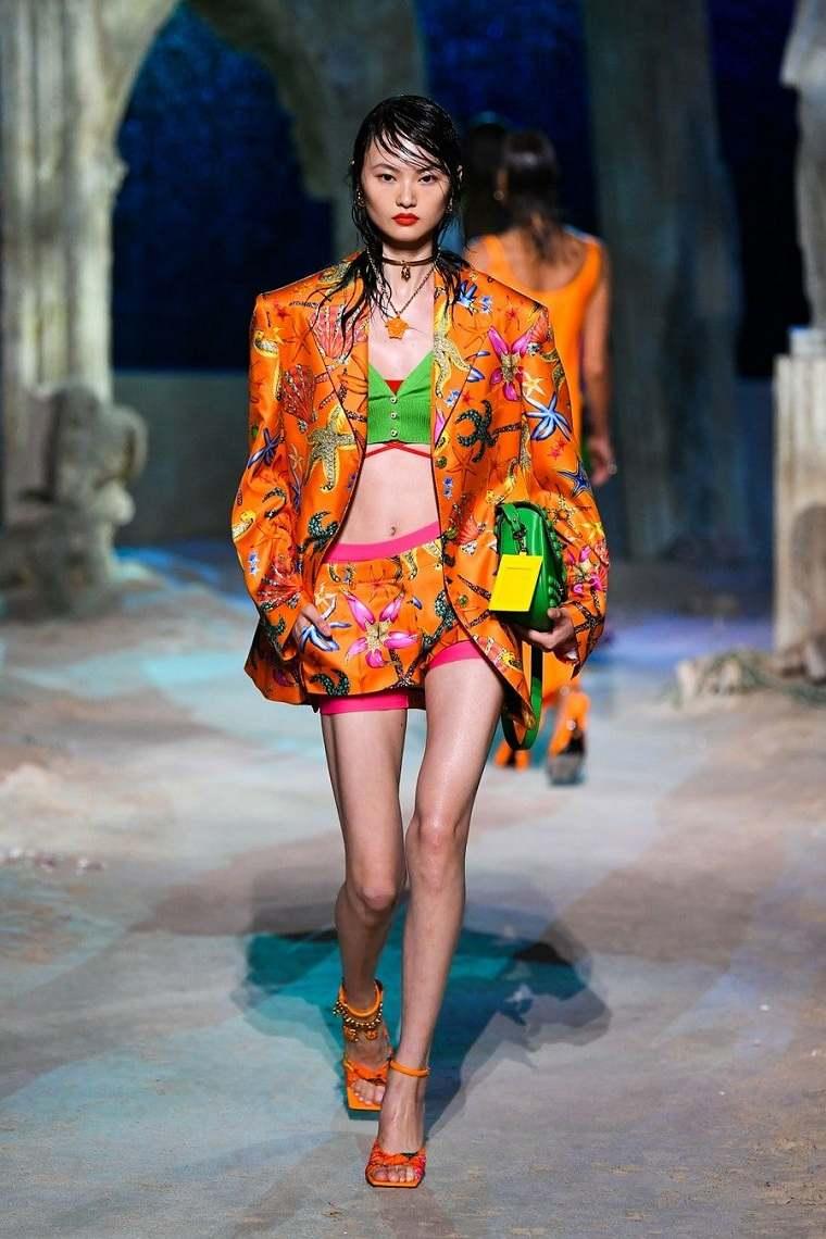 Estilos de moda semana-moda-2021-versace