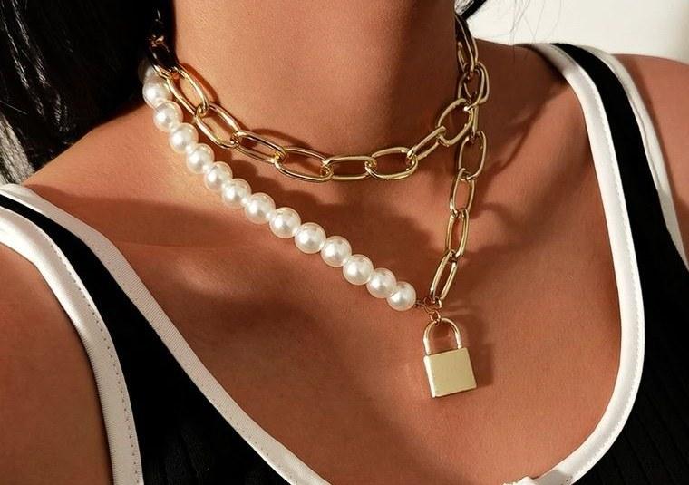 joyería con candado perlas