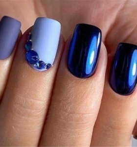 manicura elegante tonos azules