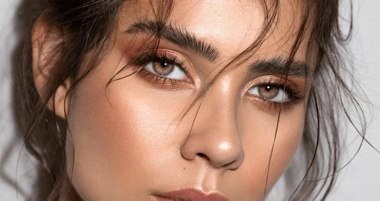 maquillaje cejas pobladas