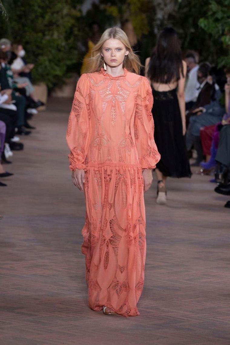moda-primavera-verano-2021-Alberta-Ferretti