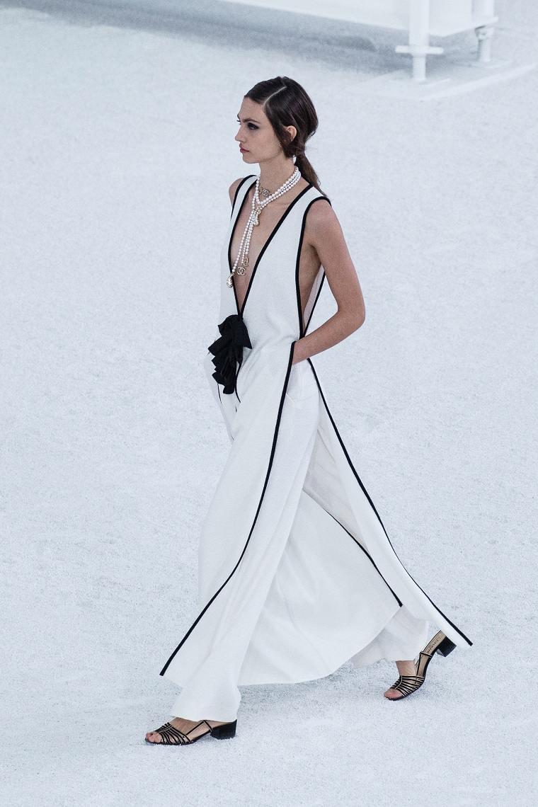 moda-primavera-verano-2021-CHANEL
