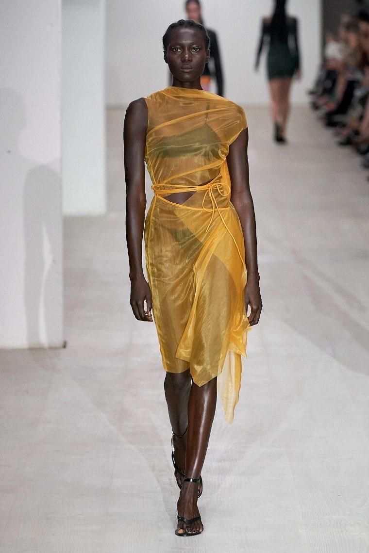 moda-primavera-verano-2021-Supriya Lele
