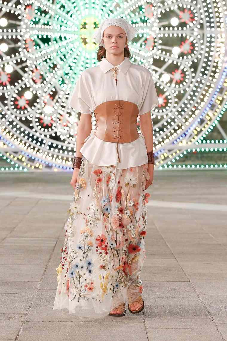 moda-primavera-verano-2021-dior