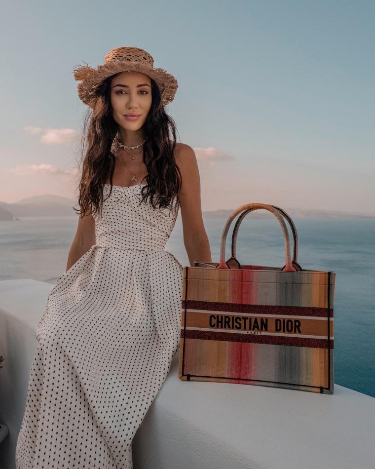 Bolsos de playa 2021-Dior-Book-Tote