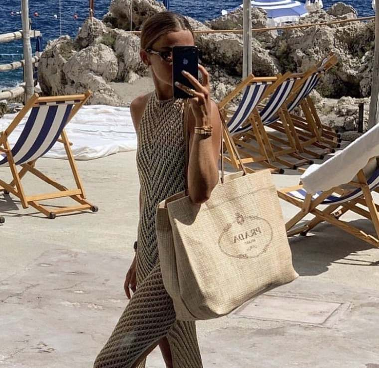 Bolsos de playa-2021-prada