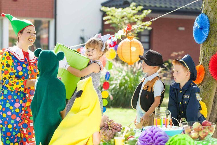 Ideas-para-cumpleanos-infantiles-en-verano-trajes