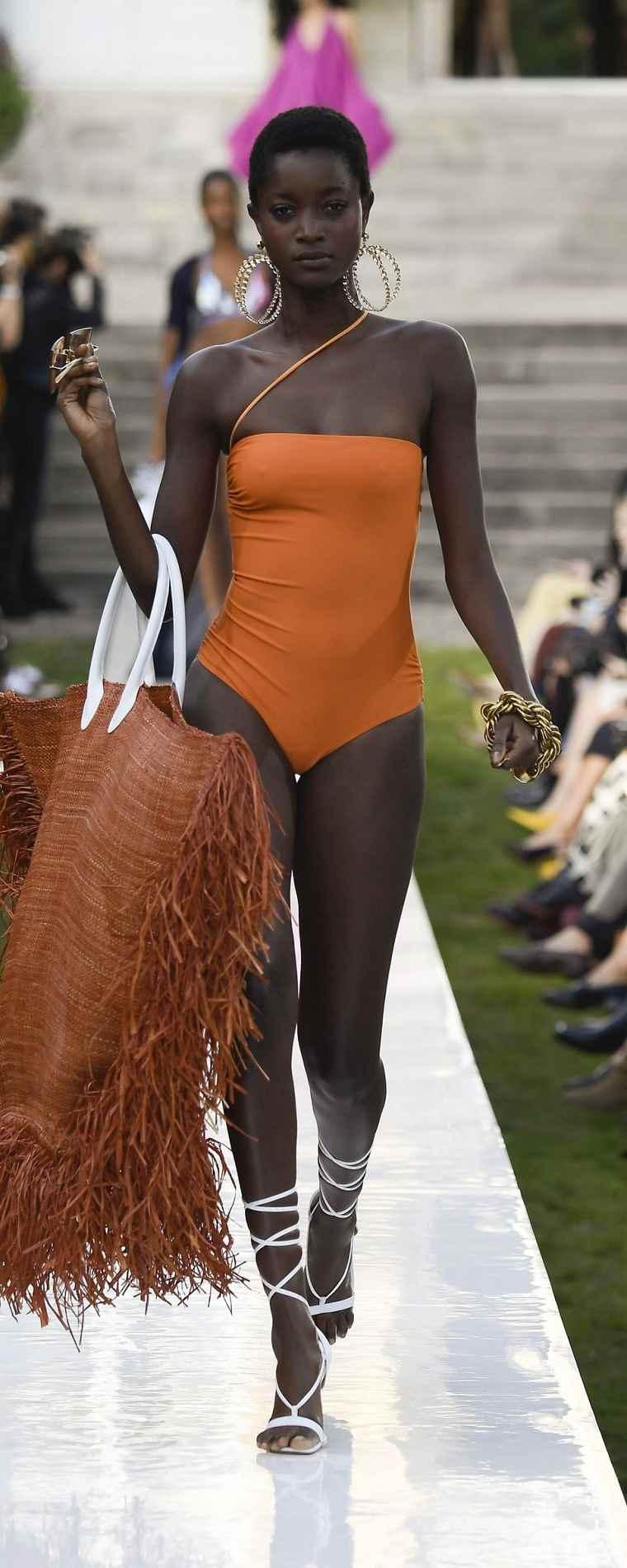 Trajes-de-bano-mujer-color-naranja