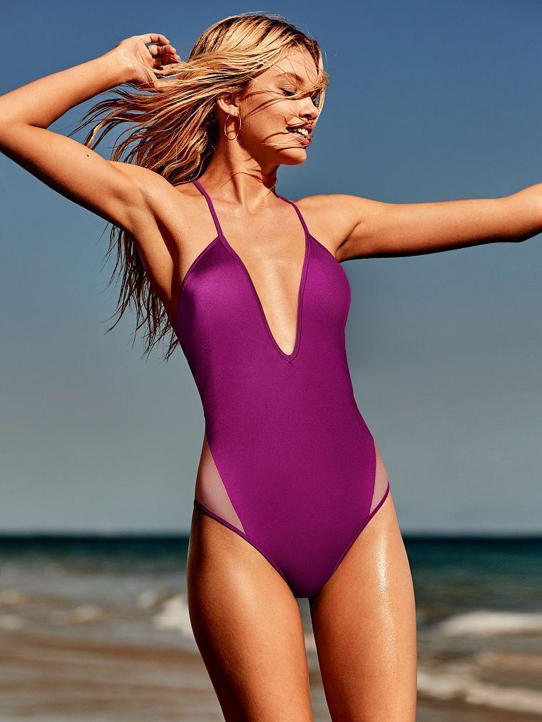 Trajes-de-bano-mujer-purpura