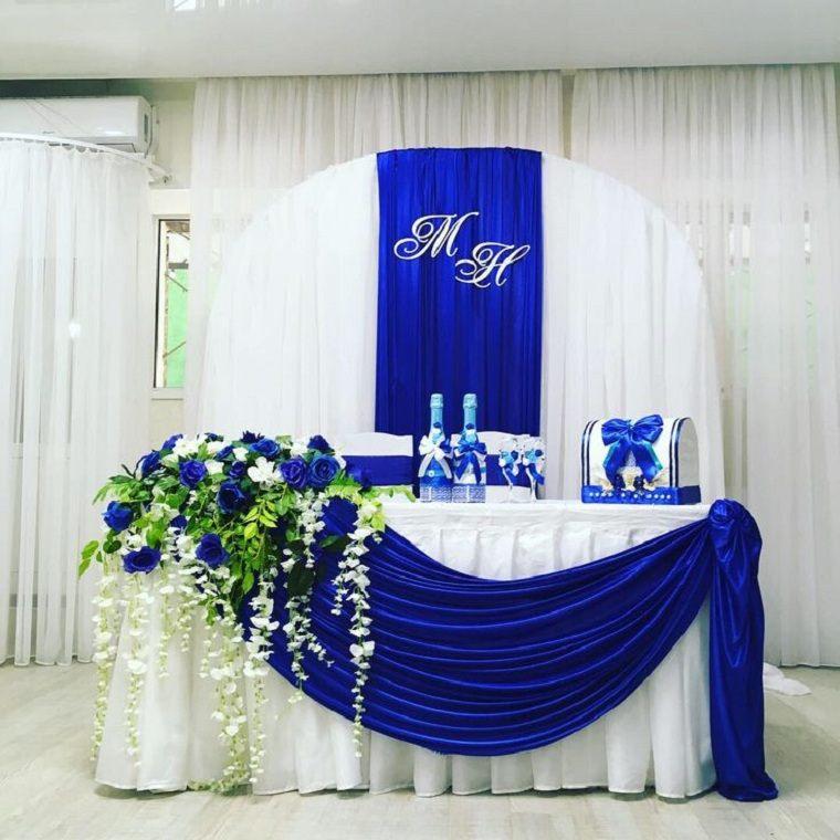 bodas 2021-decoracion-flores-color-azul