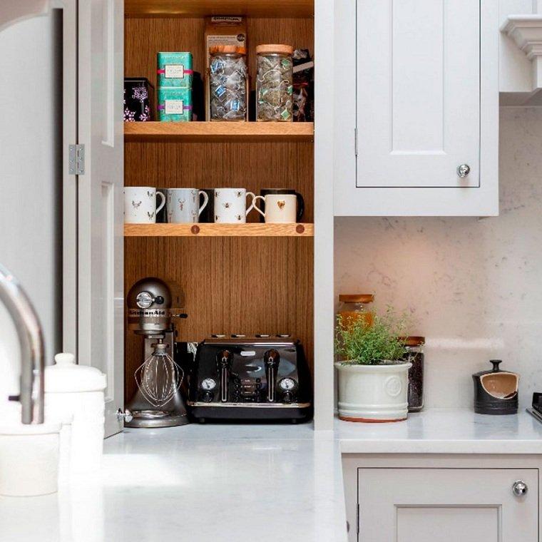 cocinas-2021-ideas-estantes