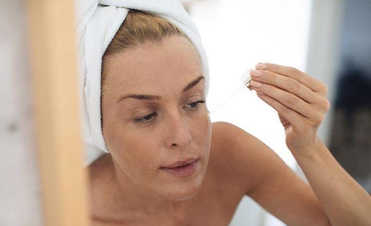 cuidados de la piel rutina con acidos faciales