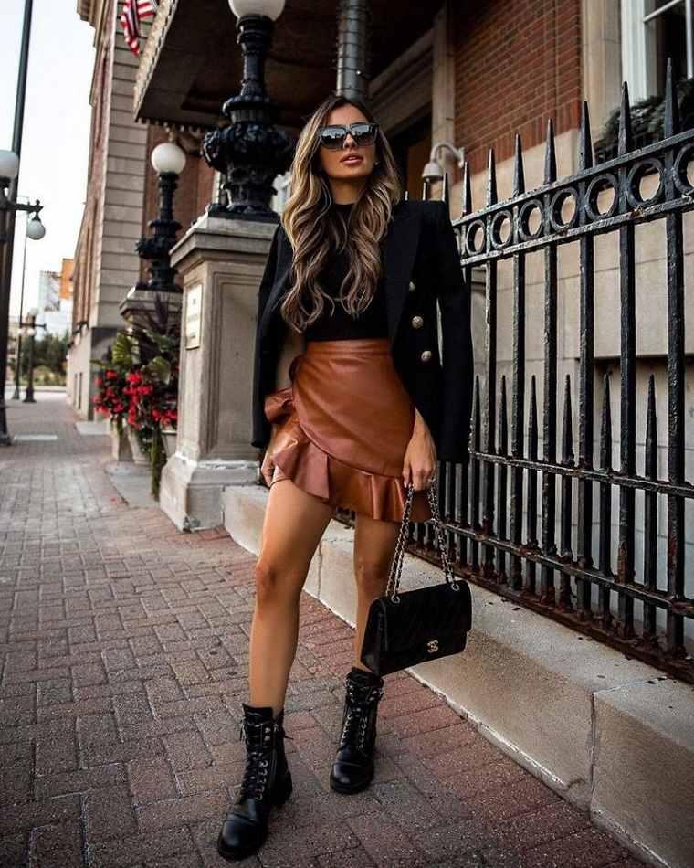 estilo urbano-2021-tendencias-mini-falda