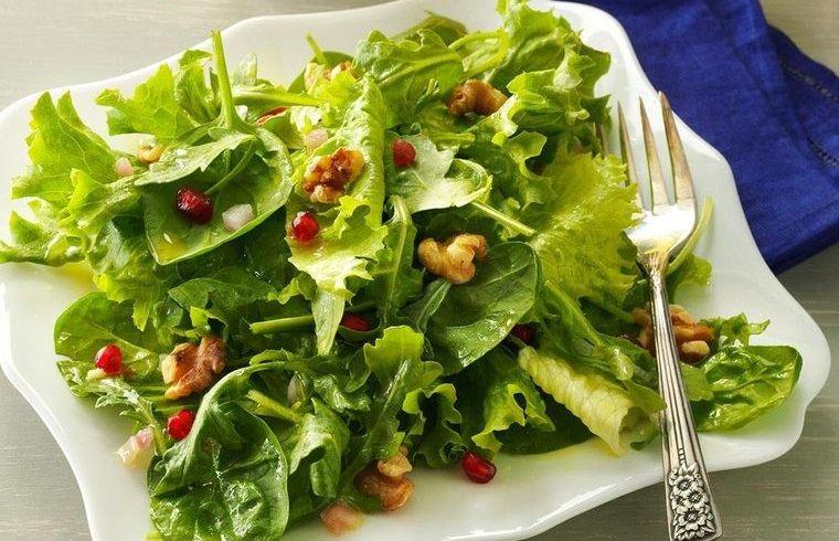 frutos secos ensalada verde aderezo nueces con limón