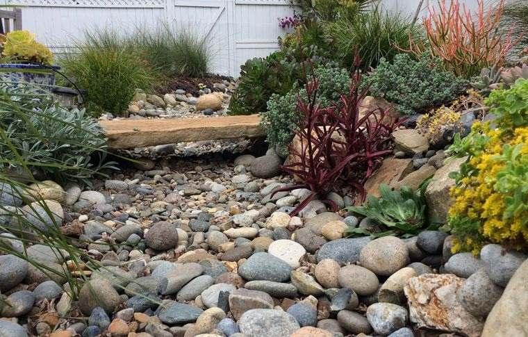 jardín de rocalla diseño rustico total