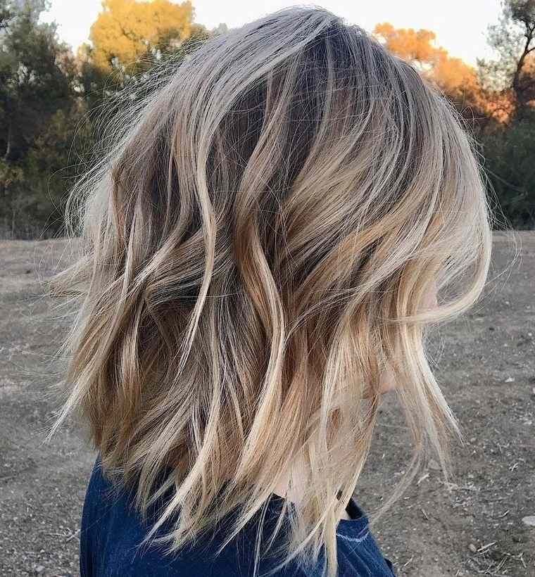 peinados media melena bob desconectado