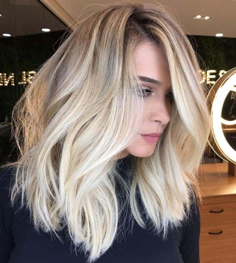 peinados media melena bob extra largo