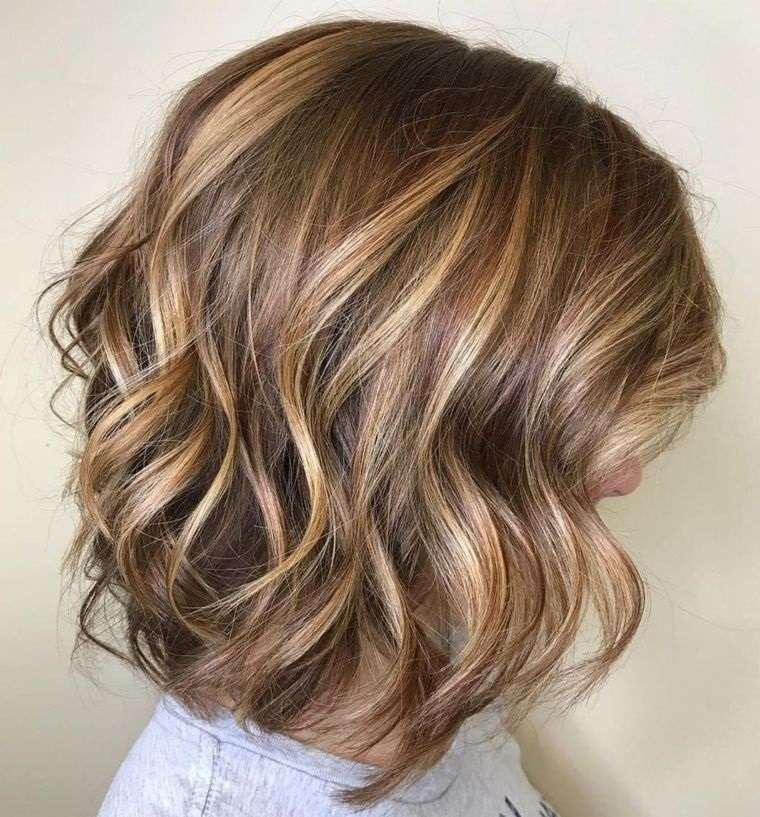peinados media melena lob balayage ondulado
