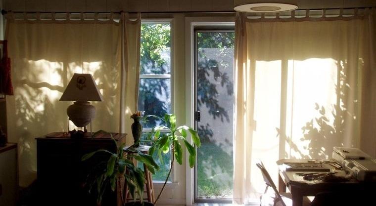verano enfriar casa sin aire acondicionado