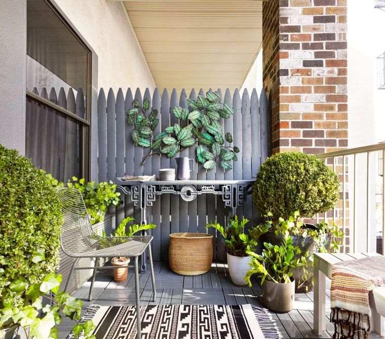 Ideas-para-ocultar-balcon-plantas-macetas
