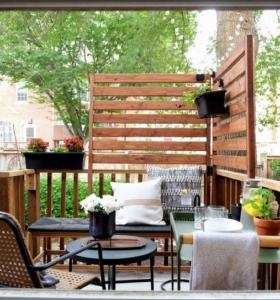 balcon-estilo-diseno-ocultar-plantas-paletas
