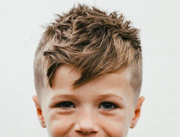 cortes de pelo para chicos con parte superior desordenada