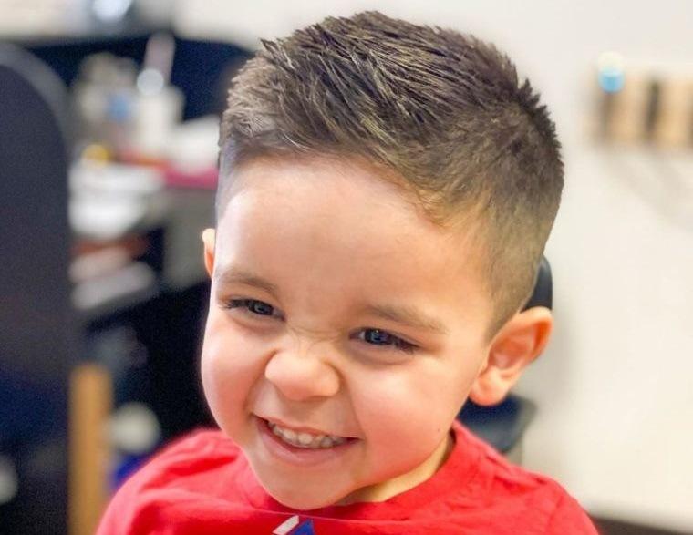cortes de pelo para chicos textura parte superior