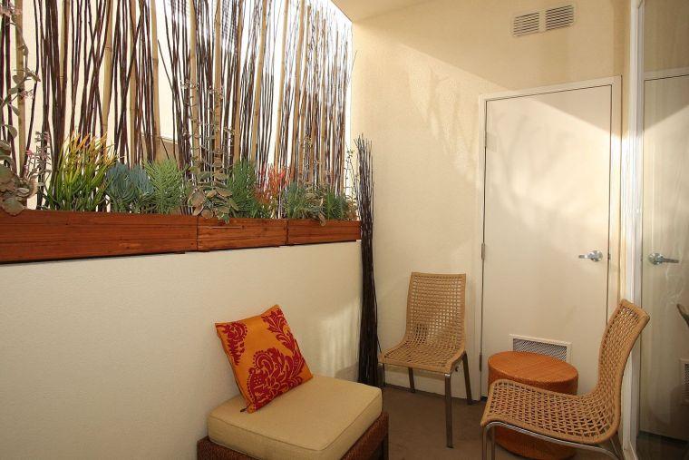 decoracion-balcon-bambo-pared