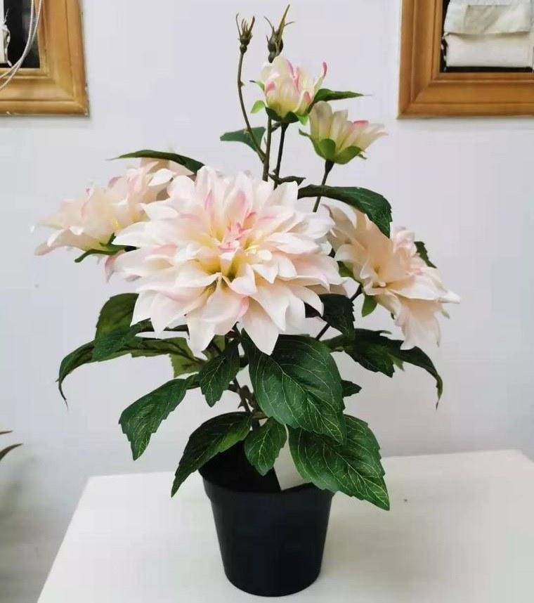 flores artificiales en maceta para interiores