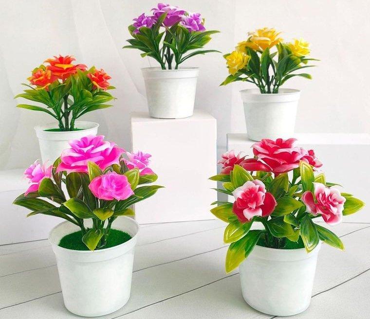 flores artificiales llenas de color