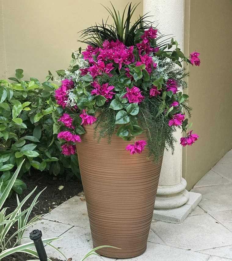 flores artificiales resistentes para exteriores