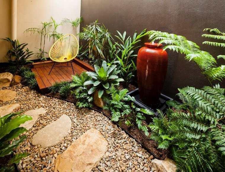 jardín tropical diseño llamativo