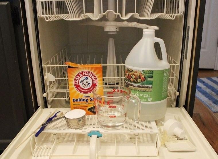 mal olor en lavavajilla