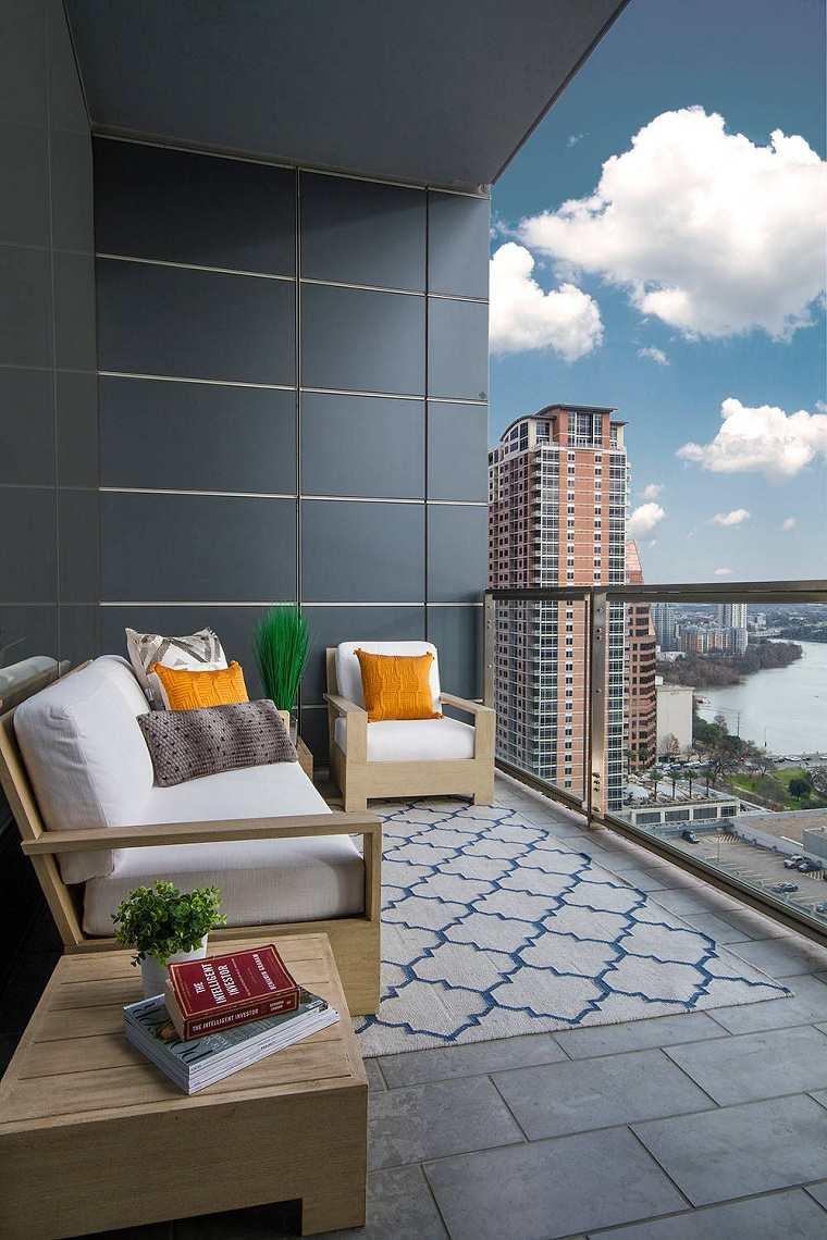 muebles-balcon-madera-sofa