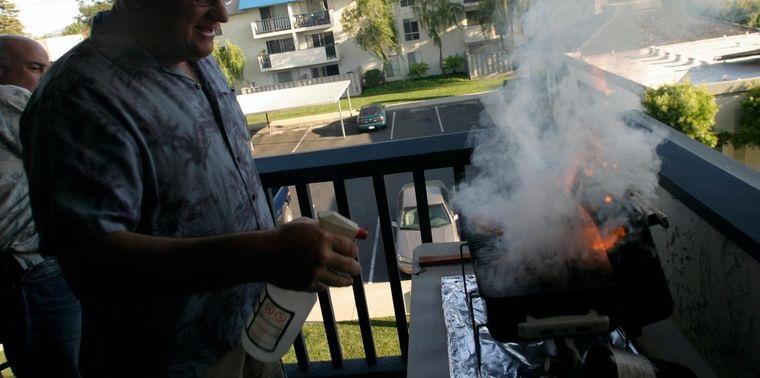 barbacoas evitar liquidos para encender