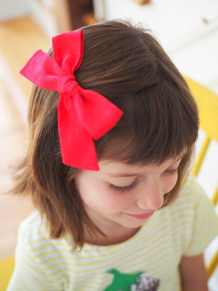 Peinados fáciles y bonitos para niñas-corona-lazo