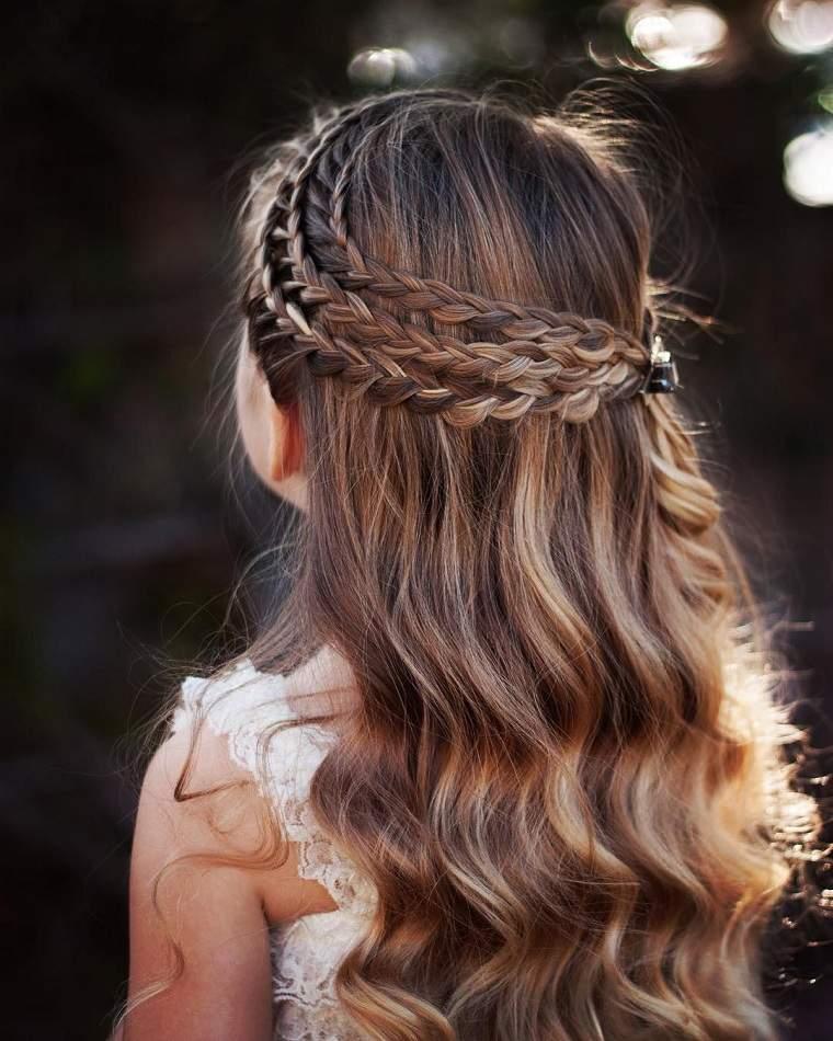 peinados-faciles-y-bonitos-para-ninas-trenzas-estilo