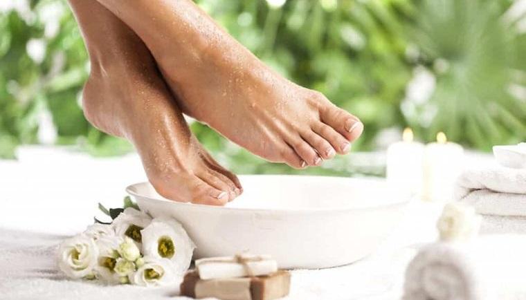 pies sanos lavado diario