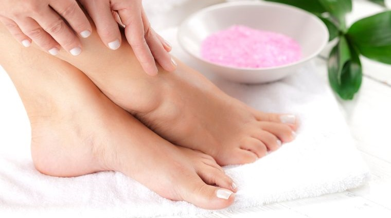 pies sanos suaves cuidados