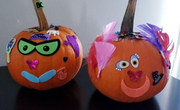 decoración de halloween calabaza decorada por niños
