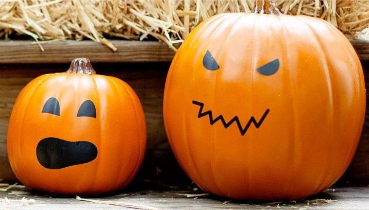decoración de halloween calabazas sin tallar