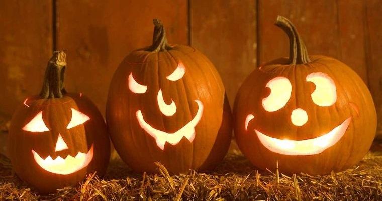 decoración de halloween calabazas talladas
