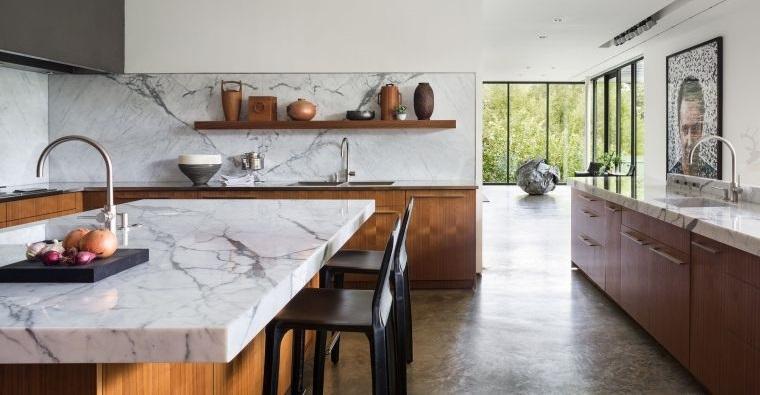 diseño de cocinas isla con marmol
