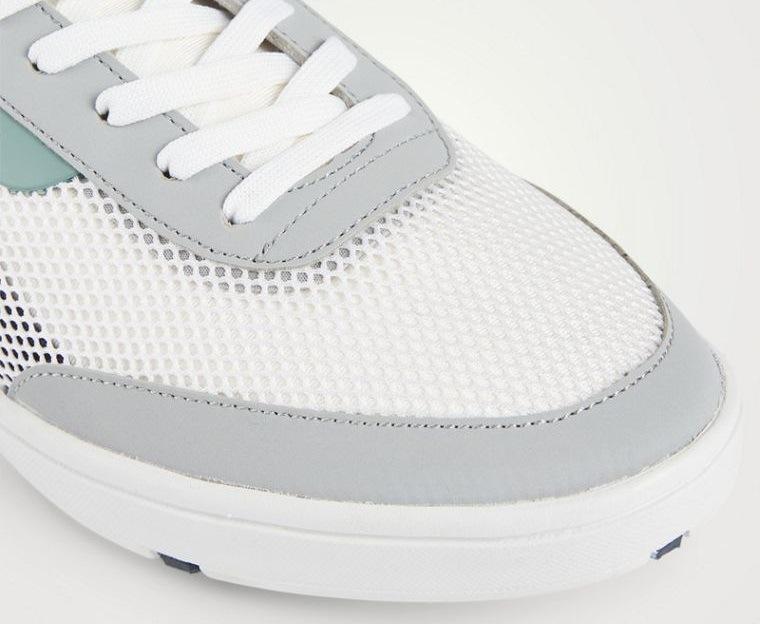 zapatos blancos de malla de nailon